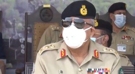 COAS witnesses handover of Tank Al Khalid-I to Armoured Corps