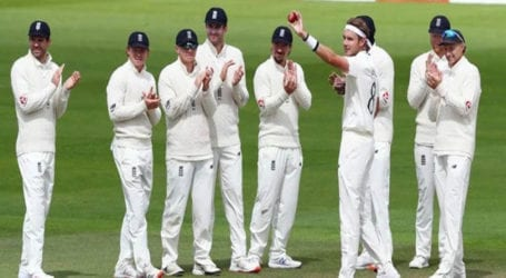 England win toss, elect to bat against Pakistan in third Test