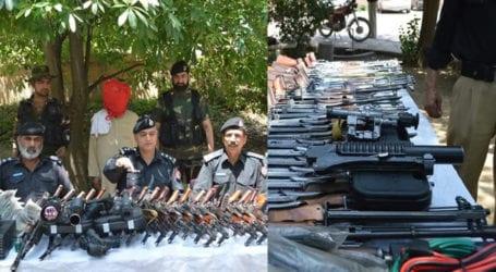 Kohat police foil arms smuggling bid