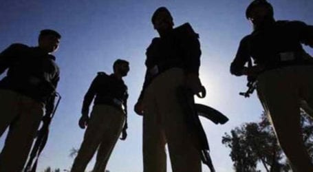Three Karachi policemen held for taking bribes from citizens