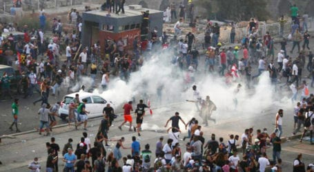 Police clash with violent protesters in Beirut, 728 injured