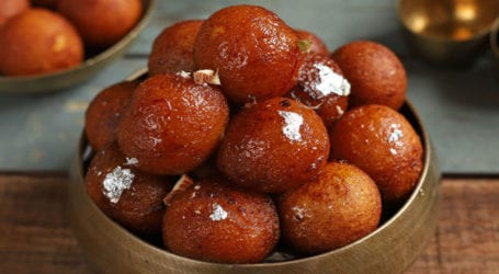 Delicious melt-in-your-mouth Gulab Jamuns