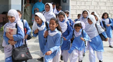 Sindh COVID-19 task force recommends closing schools for 15 days