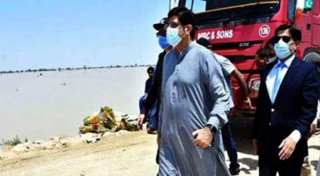 CM Sindh reviews flood situation at Sukkur Barrage