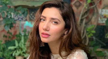 Need to tackle social issues by changing narrative in films, TV: Mahira Khan