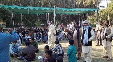 Fired workers stage sit-in outside Pakistan Steel Mills CEO's house