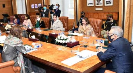 President Alvi urges media to create awareness against drug abuse