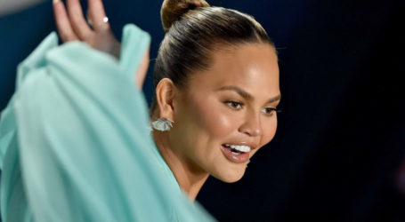 'Not Twitter's fault': Model Chrissy Teigen explains why she quit social media
