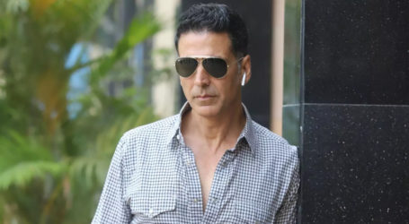 Actor Akshay Kumar donates one crore for COVID-19 relief work
