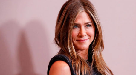 Jennifer Aniston, celebrities ask fans to help India amid COVID-19 pandemic