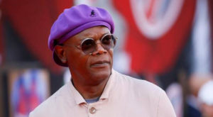 Actor Samuel L. Jackson has been added to the list of four people who will receive honorary Oscars next year for their contributions to filmmaking and the world.