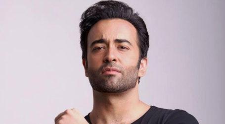 Celebrities share condolences on death of Farhad Humayun