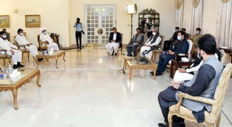 Govt to introduce more facilities for farmers, assures PM Imran