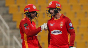 Usman Khawaja and Colin Munro opened the innings for Islamabad United. Source: Twitter.