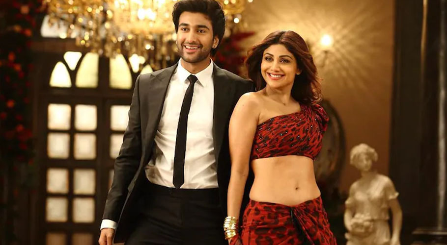 The two actors will be seen dancing to Shilpa's hit number Chura Ke Dil Mera in Hungama 2.
