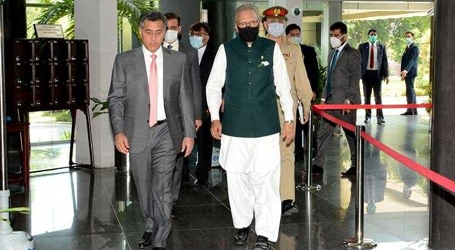 President Alvi appreciates ISI's efforts for national security.