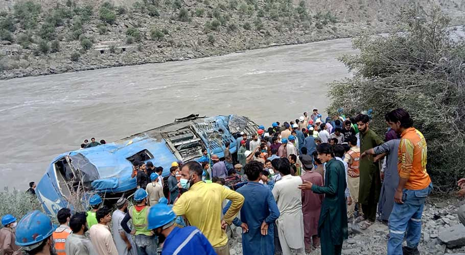 9 Chinese, 3 Pakistanis killed on way to China-invested dam project