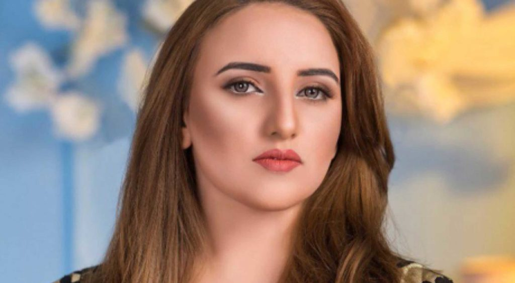 Controversial TikToker Hareem Shah, who has claimed to be currently on her honeymoon in Turkey, has expressed that she will announce the name of her husband once she reaches Pakistan.
