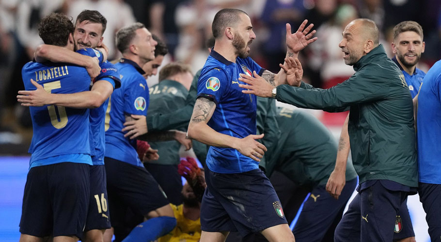 Italy celebrate after winning Euro 2020 after a penalty shootout. Source: Reuters